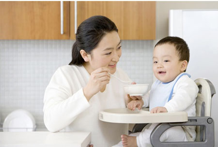 Dịch vụ chăm em bé giá rẻ